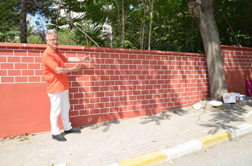 site-duvarlari-yenileniyor